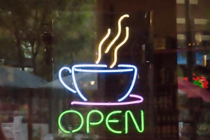 Реклама открытия кафе